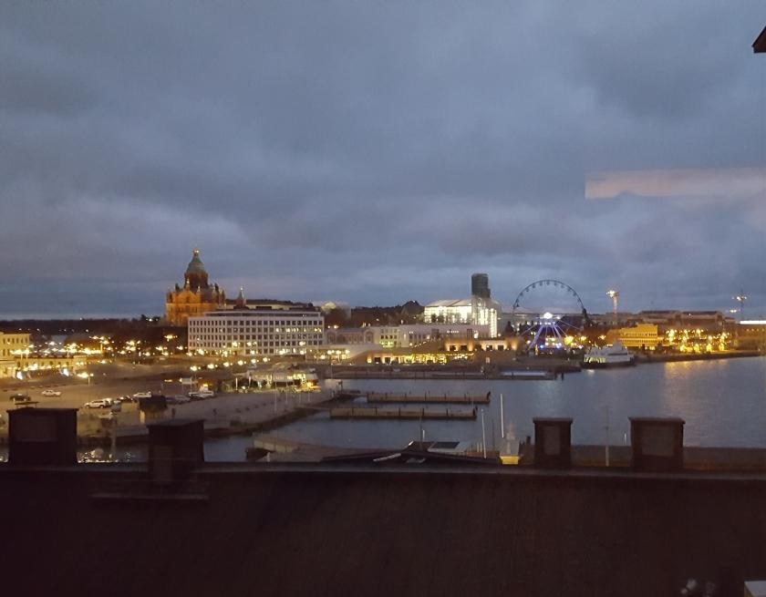 Iltakuva hotelli Havenin huoneesta